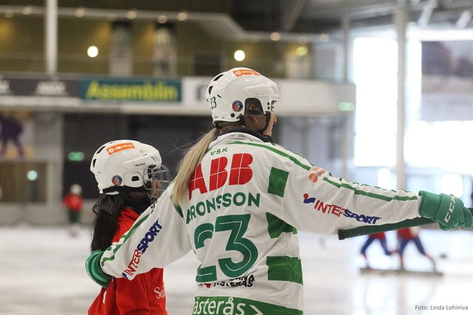 Bella Aronsson, VSK Bandy